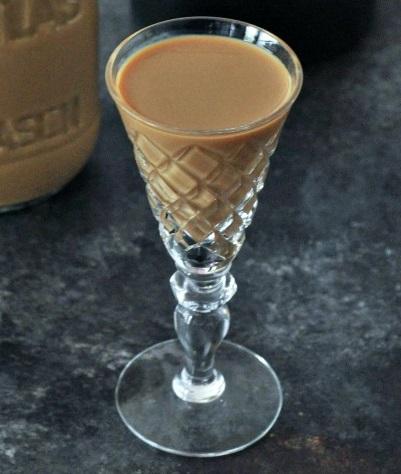 фото домашнего кофейного ликера со сгущенкой