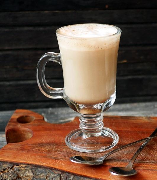 фото кофе латте, сделанного в домашних условиях