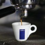 фото чашки кофе Лавацца