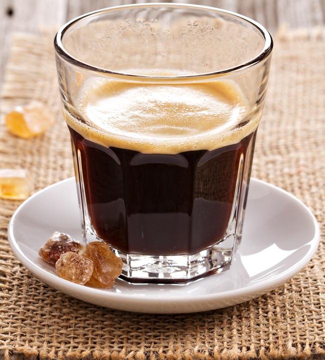фото кофе лунго, сделанного в домашних условиях в кофемашине