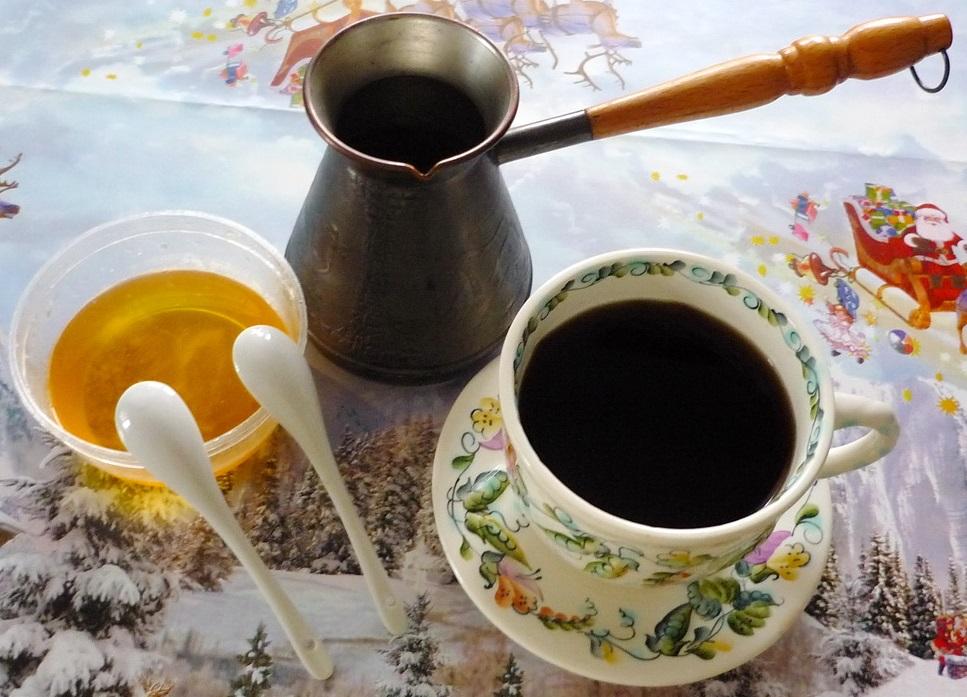 фото кофе с медом, сваренное в турке