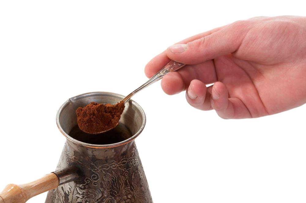 фото правильного помола кофе для турки