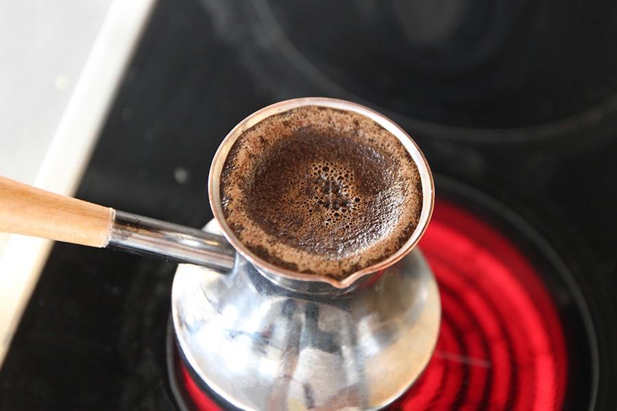 сколько варить кофе в турке на плите
