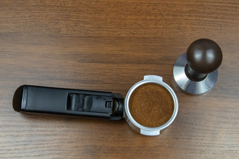 фото держателя и темпера для кофемашины