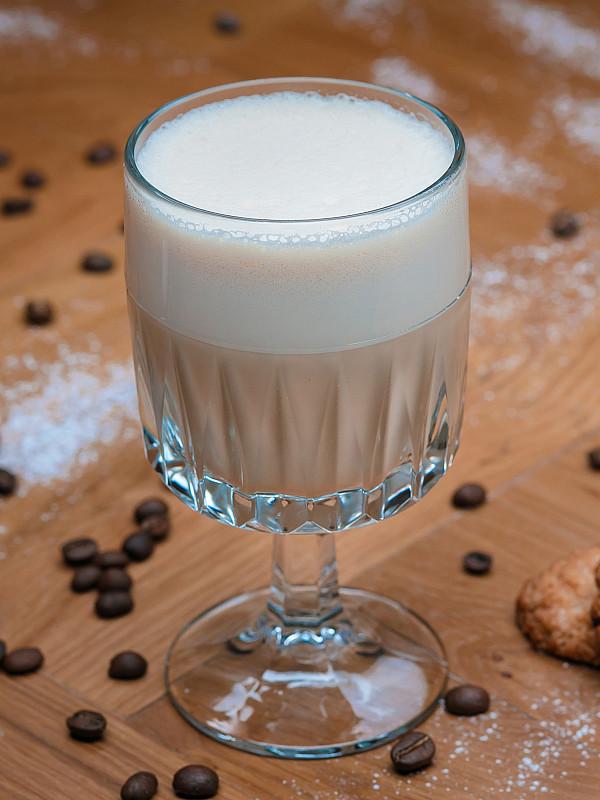 фото как правильно сделать раф кофе
