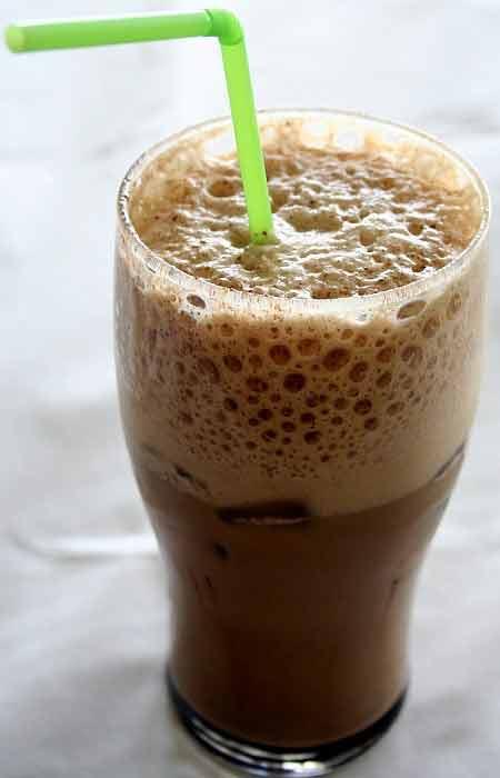 фото кофе фраппе без молока, сделанное в домашних условиях