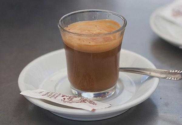 фото мексиканского кофе кортадо