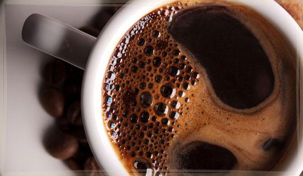 фото кофе в чашке, заваренный в микроволновой печи