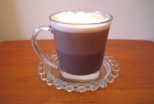 фото кофе моккачино, сделанного в домашних условиях