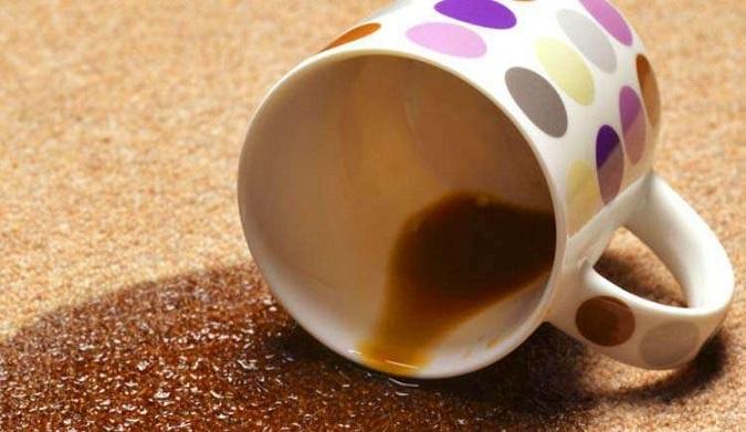 как вывести пятно от кофе на ковре в домашних условиях