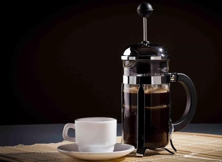 фото как заваривать кофе во френч-прессе