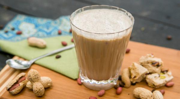 фото сырного кофе с арахисовой пастой