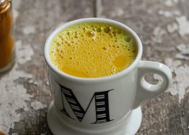 фото кофе с куркумой и перцем