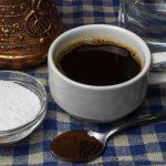 фото как приготовить кофе с солью
