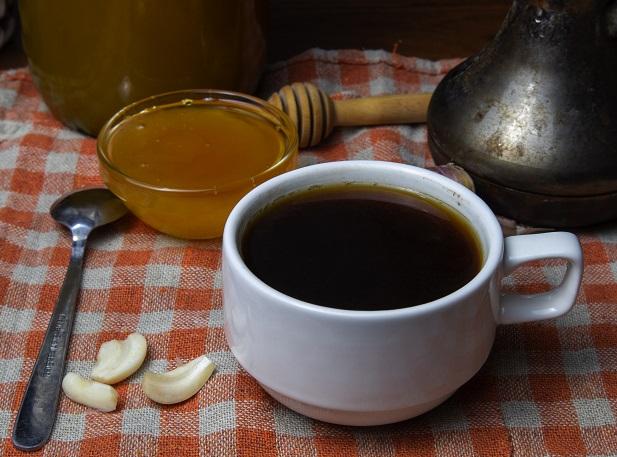 фото кофе с чесноком и медом