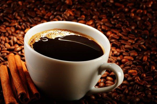 Кофе с корицей и апельсиновой цедрой